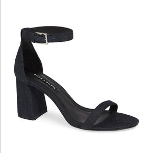 NWT Alice + Olivia Lillian Ankle Strap Sandal